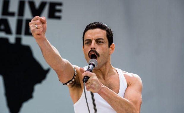 """""""Bohemian Rhapsody"""" en vivo de la ayuda de Rami Malek"""
